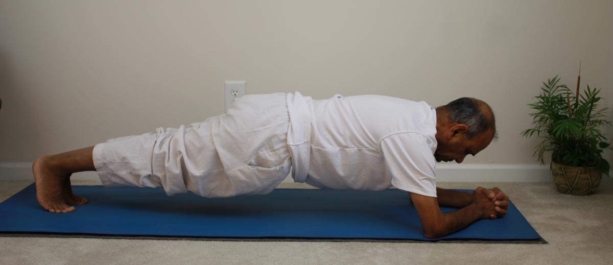 forearm-plank.jpg