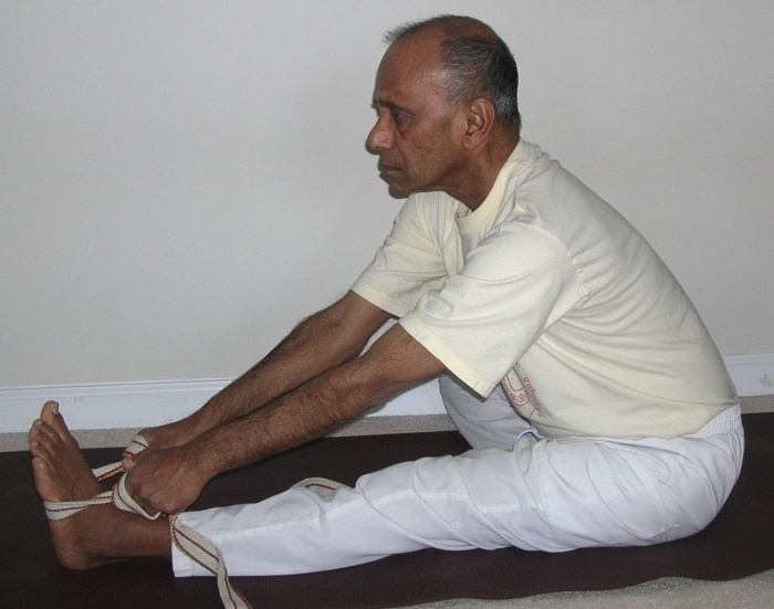 head-to-knee pose