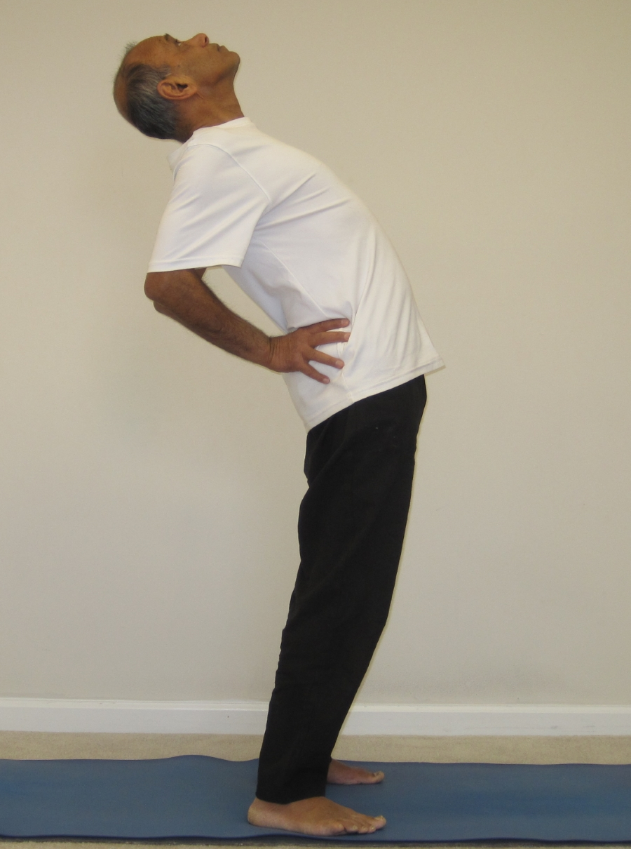 standing-backbend-thumbs